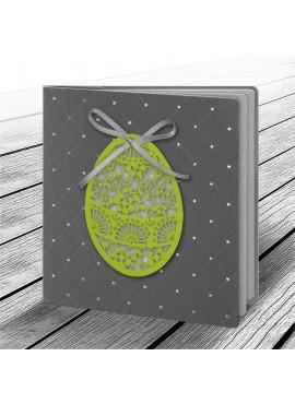 Kartka Świąteczna z Aplikacją w Postaci Ażurowego Jajka 1 W611